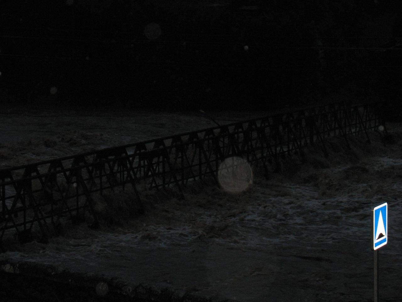 La Nuéjouls en crue à LAROQUE LE 28/11/2014 à 17H