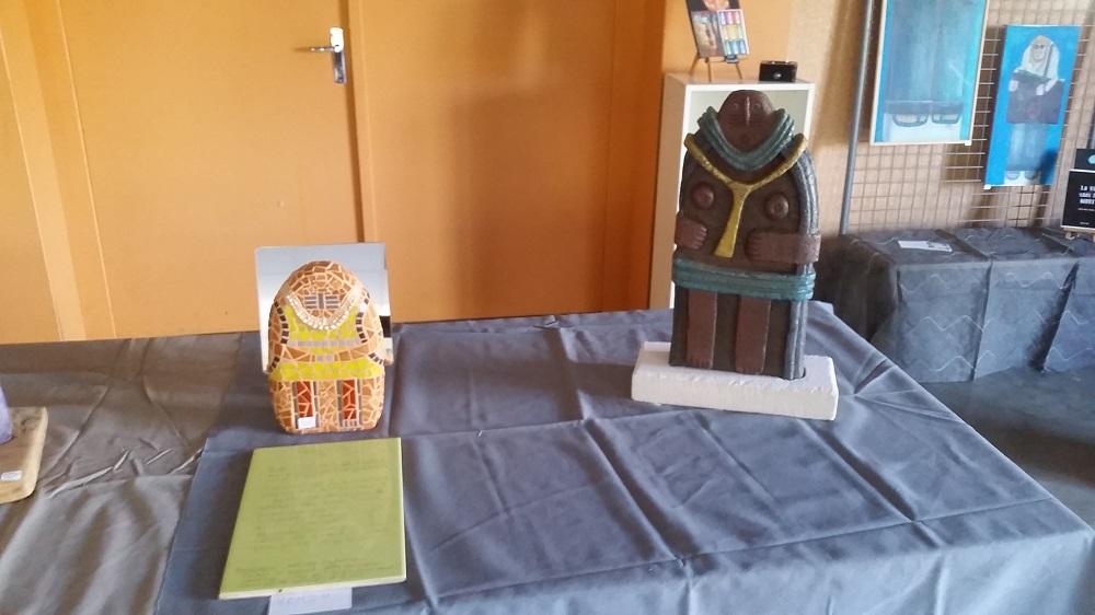 Exposition dans la salle des fêtes de FAYET
