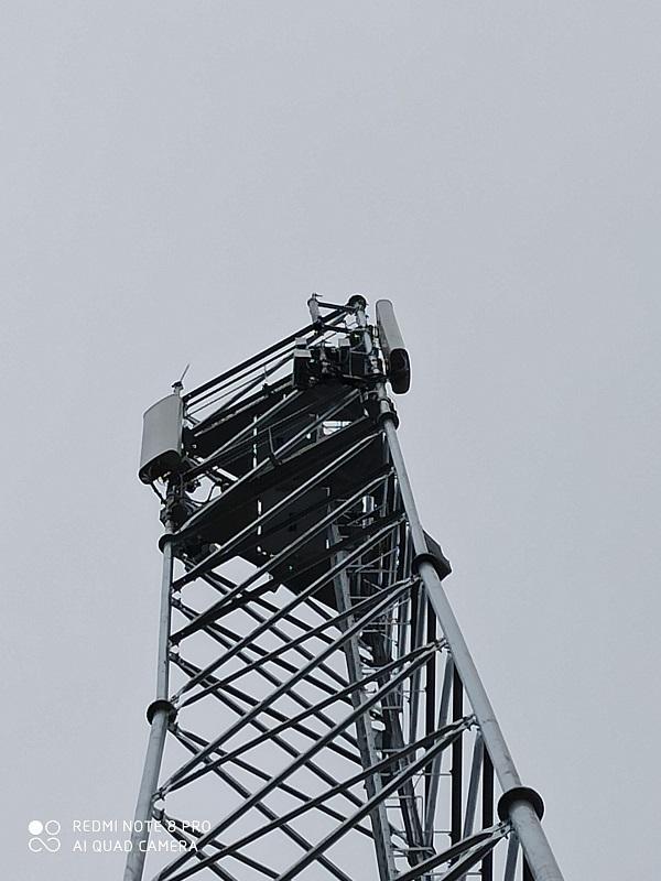 Mise en place du pylone 4G à Laroque