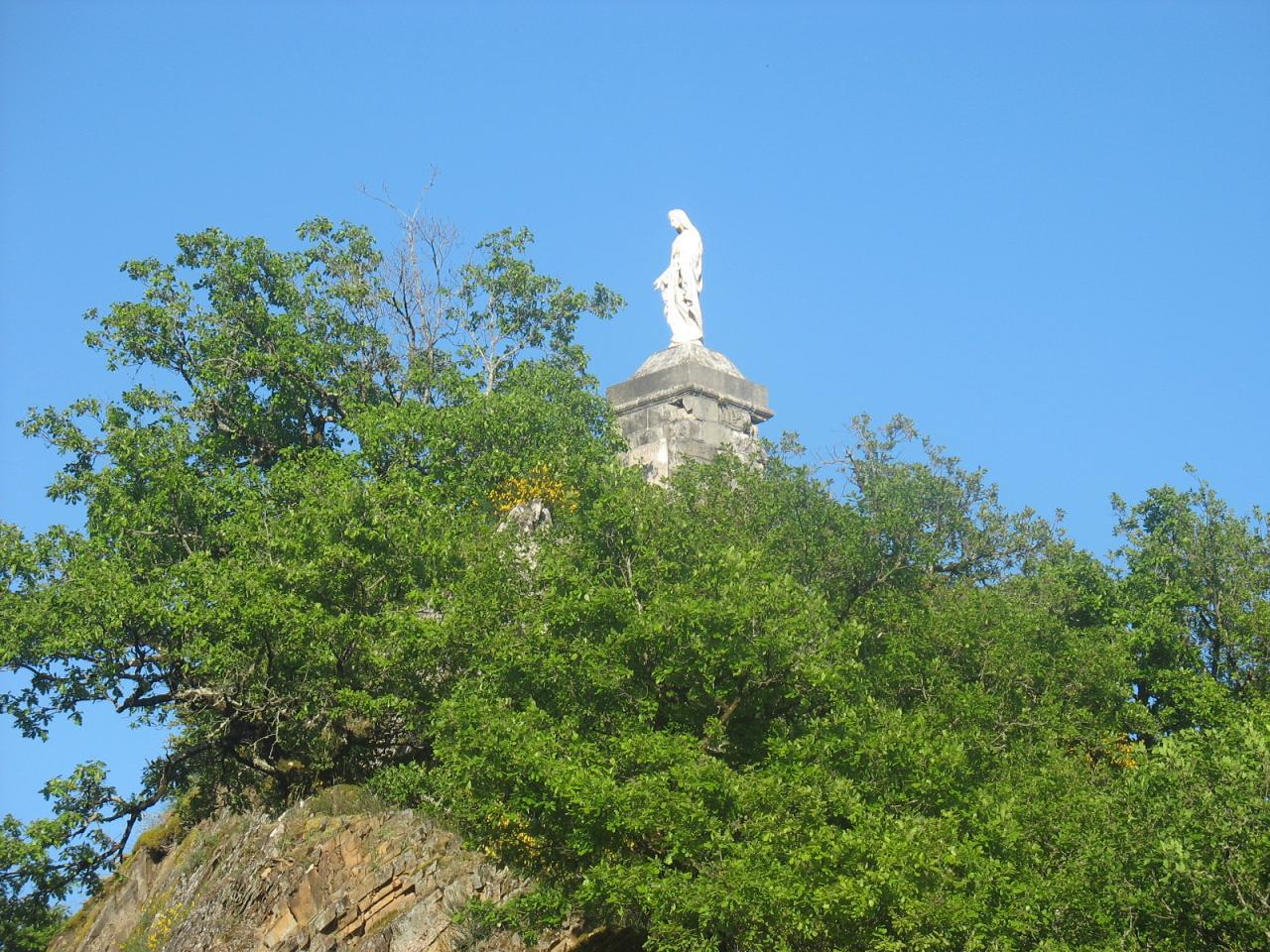 La vierge à LAROQUE