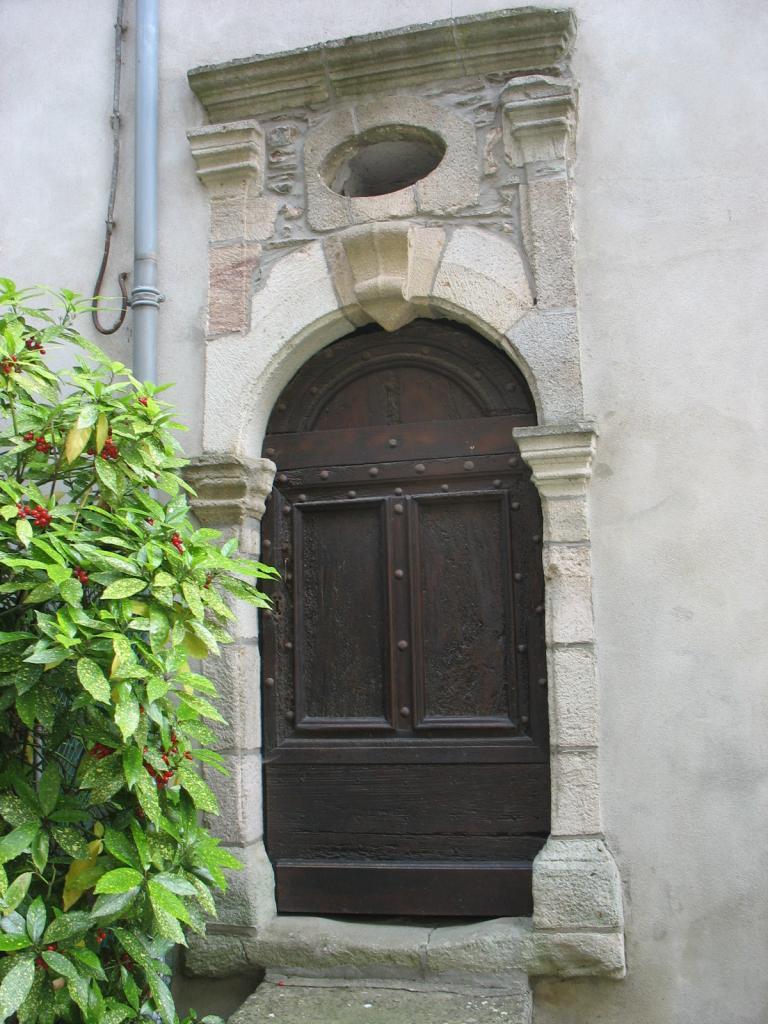 Autre porte à FAYET