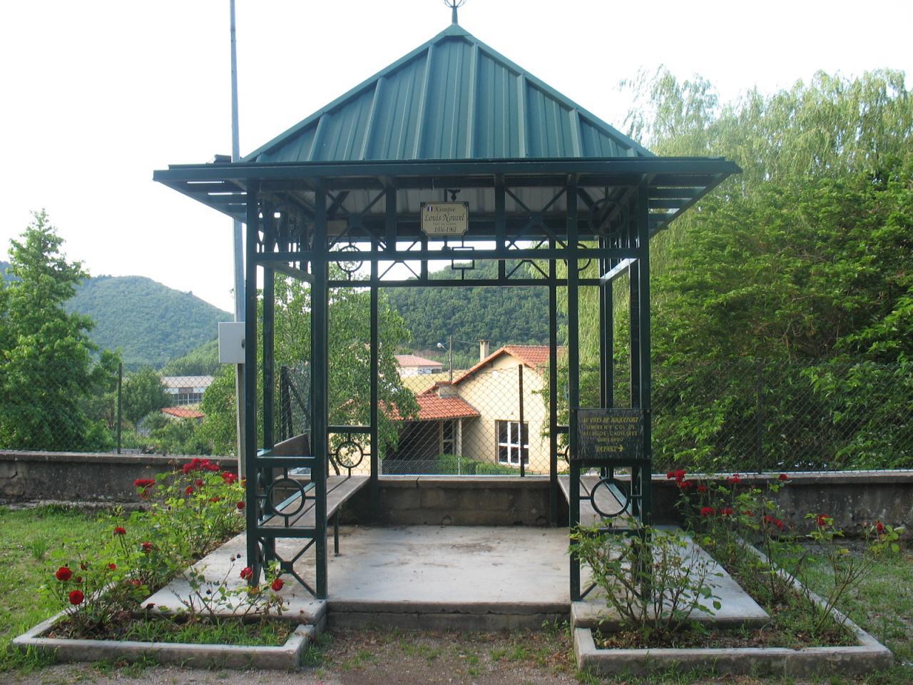 Le kiosque à FAYET