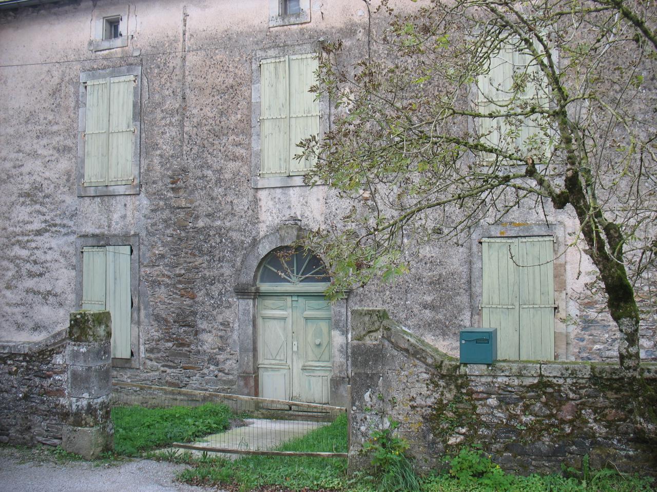L'ancienne école de LAROQUE