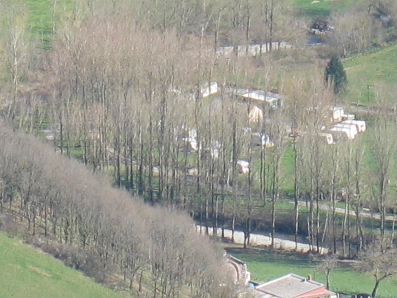 LE CAMPING (vue du pic de Roste)