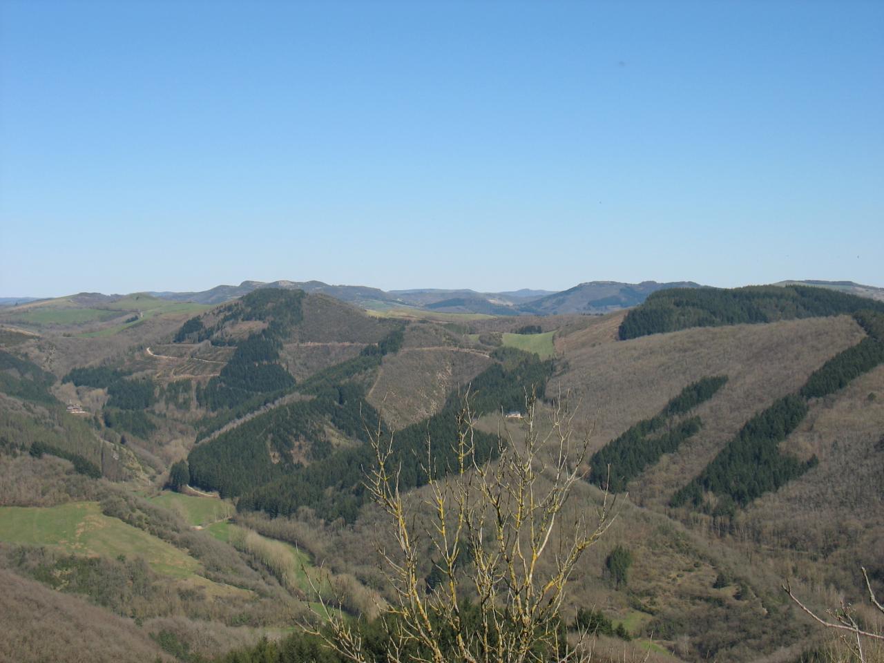 MOURGIS (vue du pic de Roste FAYET)