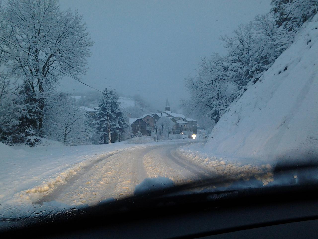 LAROQUE sous la neige