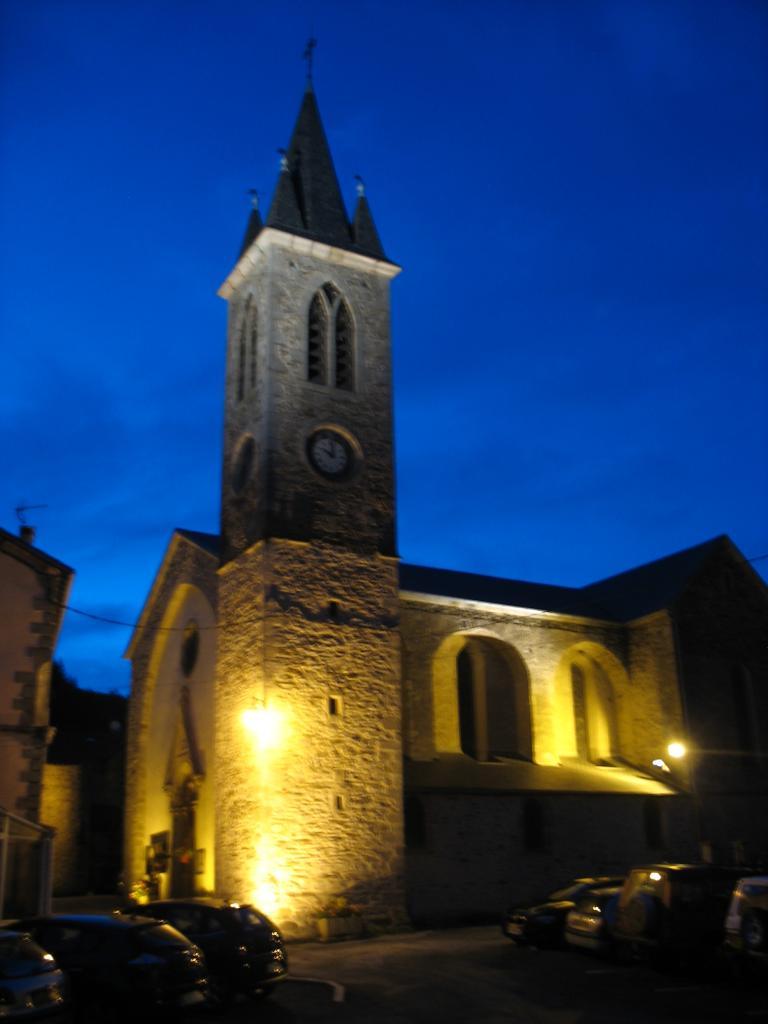 L'église de LAROQUE