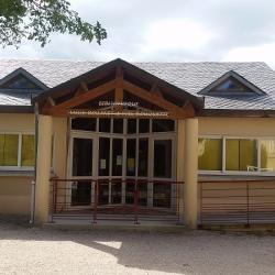 La bibliothèque attenante à l'école de FAYET