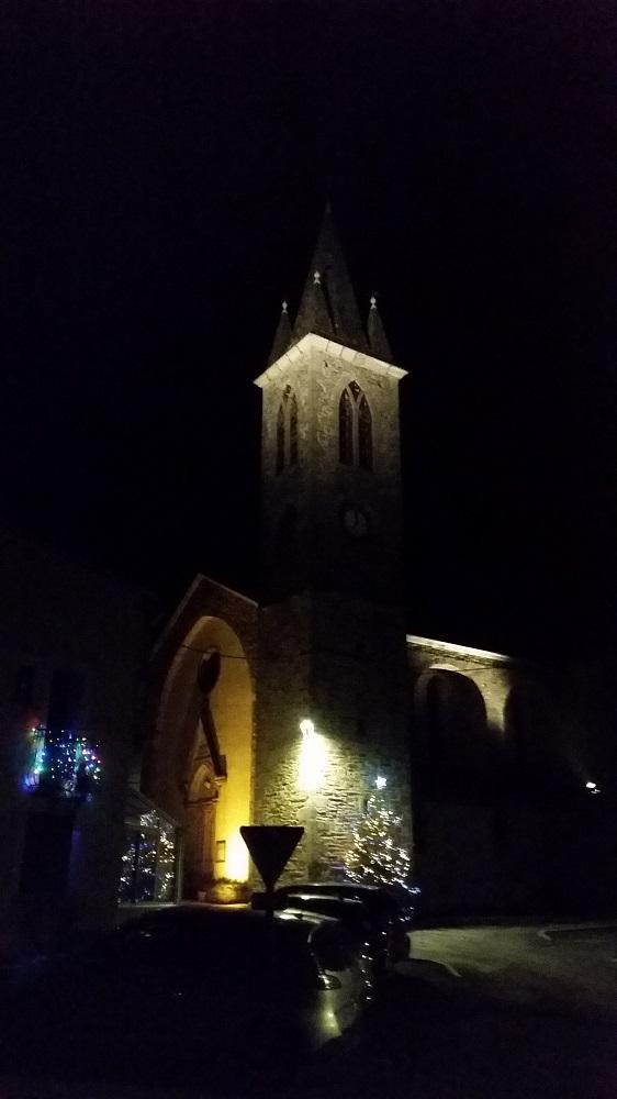 Le clocher de l'église de LAROQUE  la nuit