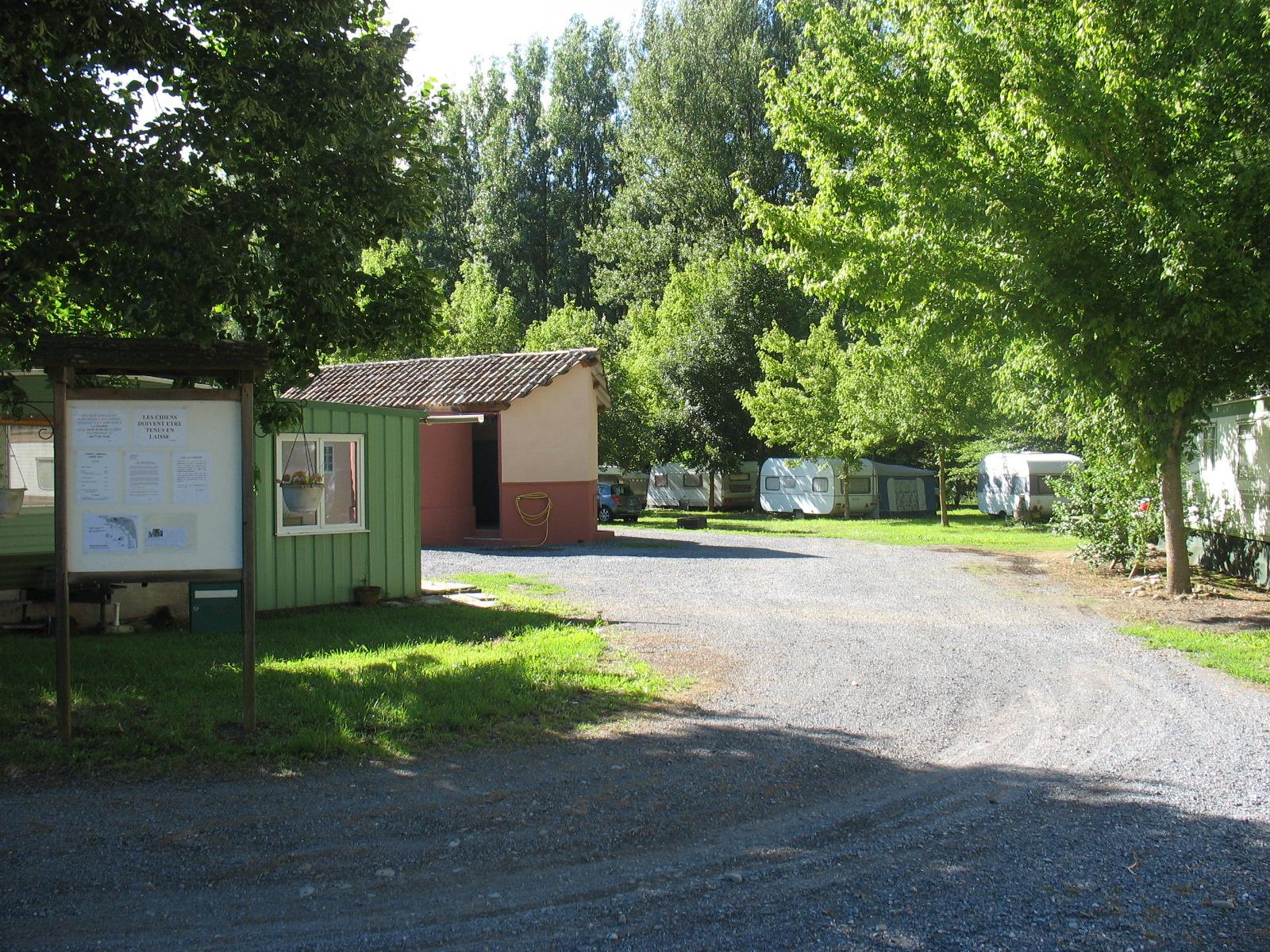 L'entrée du camping à FAYET