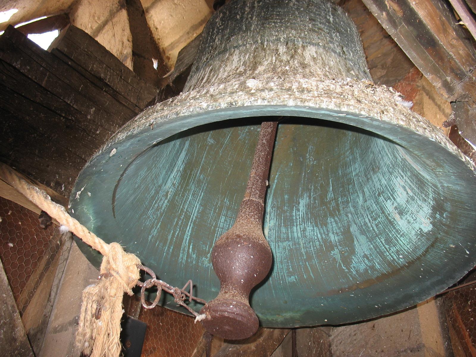 Une des cloche de l'eglise de LAROQUE
