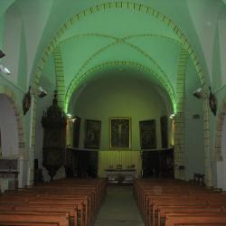 L'intérieur de l'église de FAYET