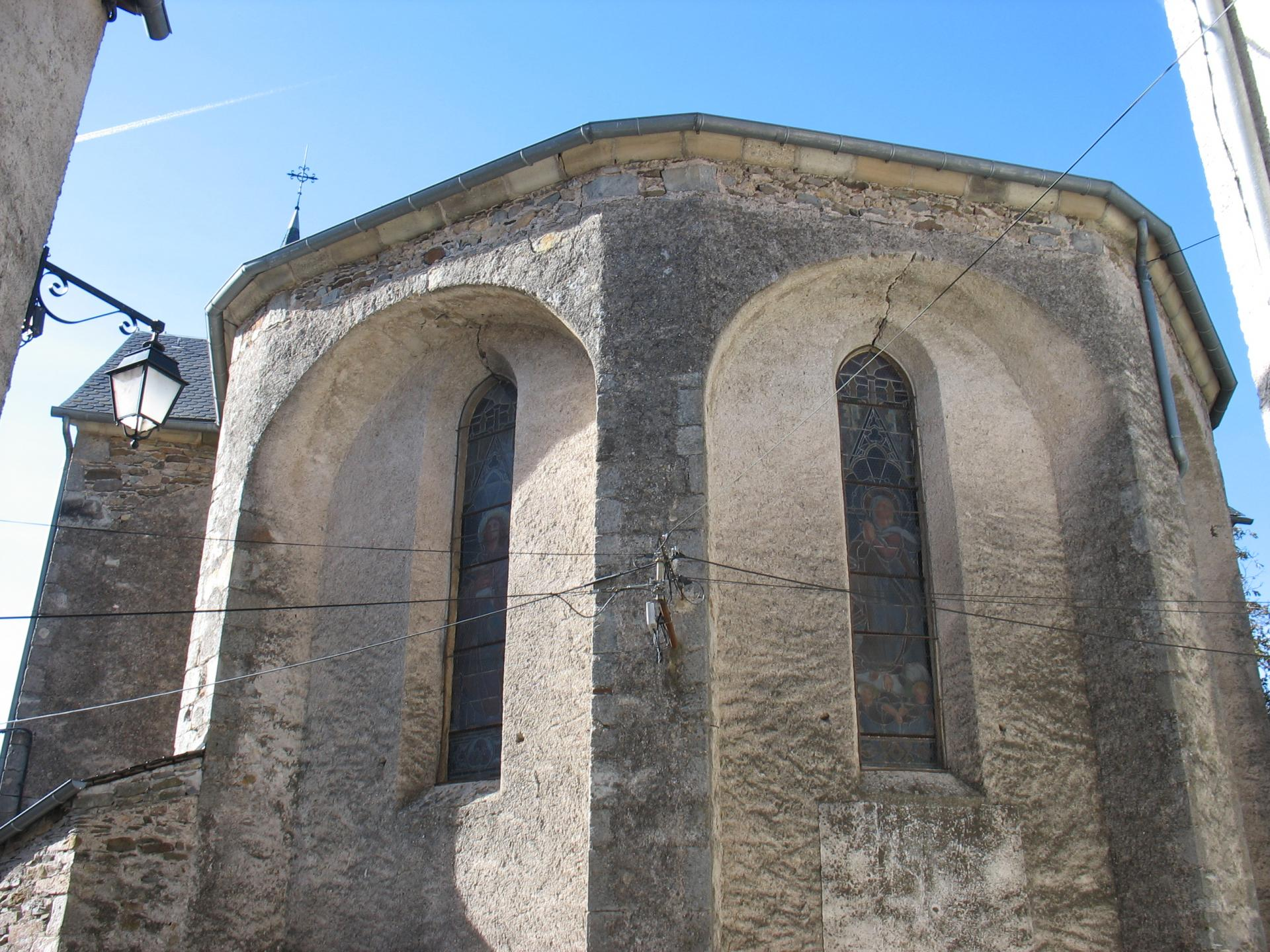 L'église de LAROQUE datant de 1861