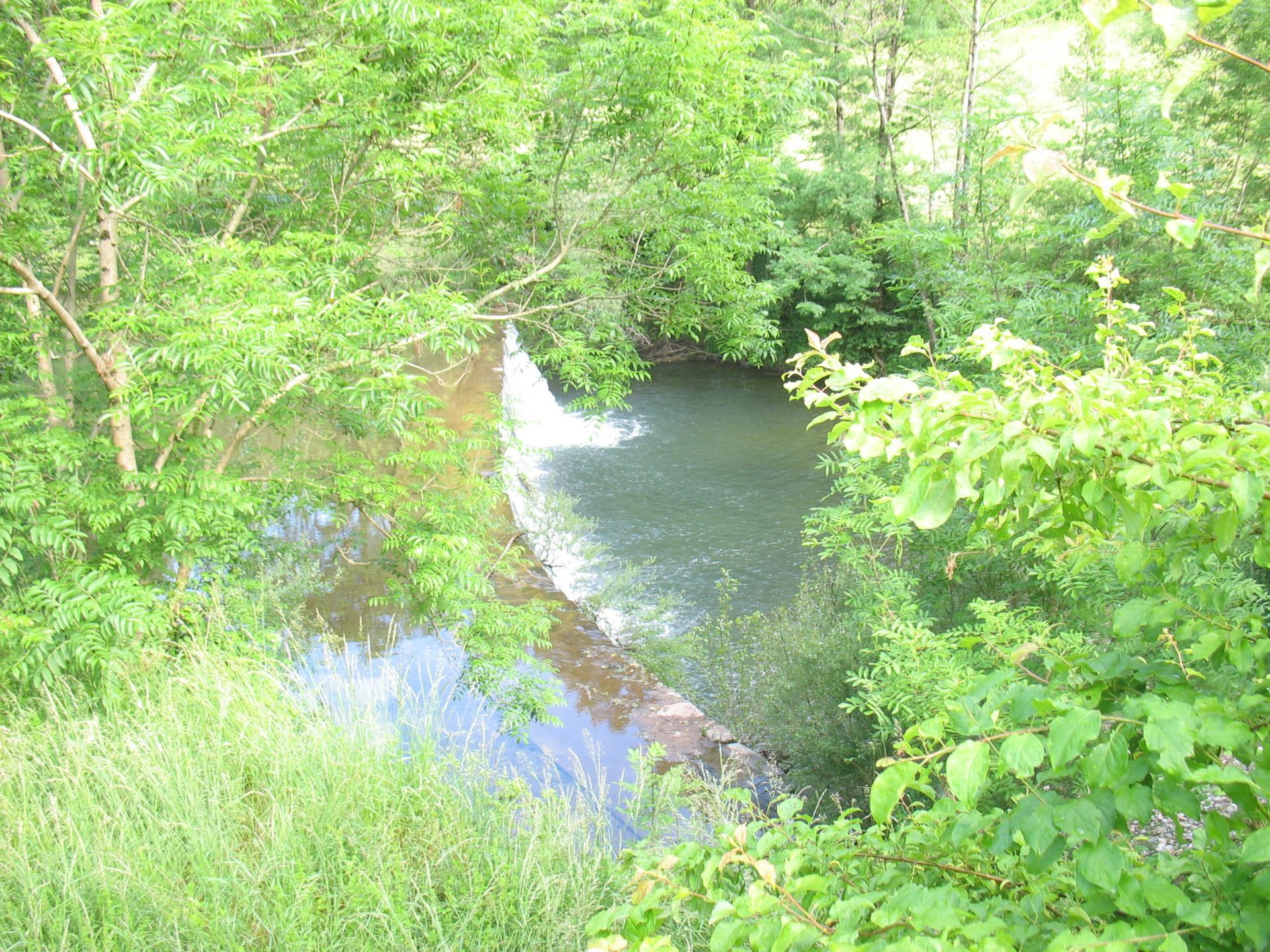 Rivière à LAROQUE